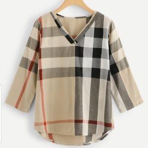 Tops - Plaid Multicolor V-neck Checked Dip Hem blouse